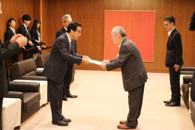 北海道胆振東部地震災害義援金(札幌市関連) 市長感謝状贈呈式
